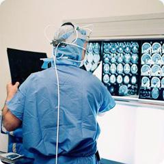 Глубокая стимуляция головного мозга — возможный путь лечения болезни Альцгеймера